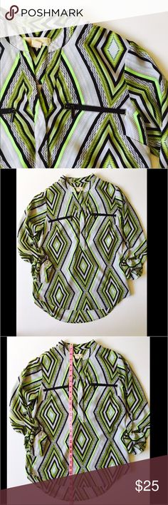Michael Kors Geometric Blouse 100% Polyester Awesome Michale Kors blouse that will brighten your outfit. Gently used. Size 6. Please see pictures for more details. Michael Kors Tops Blouses