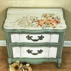 Adding That Perfect Gray Shabby Chic Furniture To Complete Your Interior Look from Shabby Chic Home interiors. Art Furniture, Resin Patio Furniture, Decoupage Furniture, Hand Painted Furniture, Funky Furniture, Refurbished Furniture, Repurposed Furniture, Shabby Chic Furniture, Shabby Chic Decor