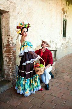 Trajes típicos tradicionales del estado de Sinaloa, México.