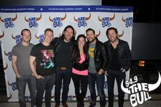 Old Dominion sharing a laugh with Freckles!