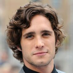 Men's Medium Length Hairstyles For Curly Hair