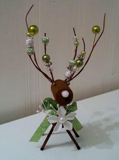 Wine cork reindeer ornament http://sabbathascraftplace.blogspot.ca/