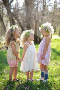 Wild curly haired girls w/ flower wreaths :) Would love to do a photo shoot of my girls like this!