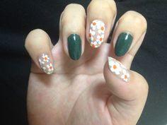 green & flower nail