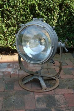 Pyle-National floodlight/searchlight in Morristown, New Jersey ~ Apartment Therapy Classifieds