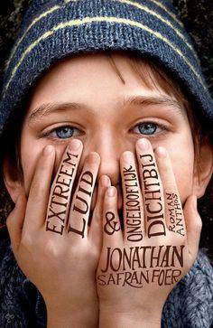 Extreem luid & ongelooflijk dichtbij - Jonathan Safran Foer May 2016 Film Books, Book Club Books, Good Books, Books To Read, My Books, Jonathan Safran Foer, Tom Hanks, World Trade Center, Beatles