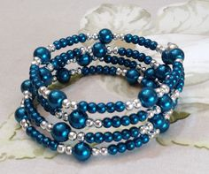 Stunning Deep Teal Glass Pearl Beads Pretty Memory Wire Bracelet Hand Crafted