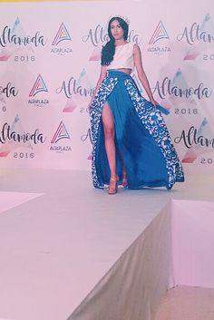 Krysthelle Barretto Panama Fashion Model, Diseñador Joel Morán pasarela runway Fashion show AltaModa 2016 altaplaza  young Fashion Designers awards