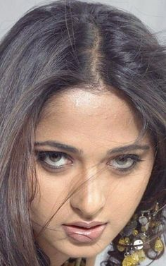 Beautiful Bollywood Actress, Most Beautiful Indian Actress, Beautiful Actresses, Beautiful Girl In India, Beautiful Girl Image, Cute Beauty, Beauty Full Girl, Actress Without Makeup, Arabian Beauty Women