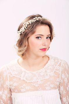 Bridal Accessories: Crown of Pearls