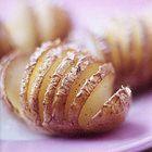 Jamie Oliver: aardappelen met rozemarijn uit de oven - recept - okoko recepten