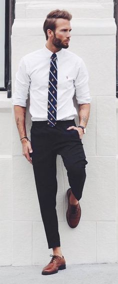 15 sophisticated formal outfit ideas for men men style guide Formal Men Outfit, Men Formal, Formal Outfits, Mode Masculine, Clothing Hacks, Mens Clothing Styles, Moda Emo, Boxing T Shirts, Herren Outfit