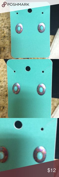 👗 Turquoise Earrings 💚 Estate Jewelry 👗 Excellent Condition Feel Free to Bundle🎉 Jewelry Earrings