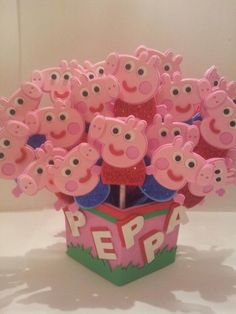3rd Birthday, Birthday Party Themes, Birthday Ideas, Cumple Peppa Pig, Pig Party, Handicraft, Party Ideas, Food, Conch Fritters