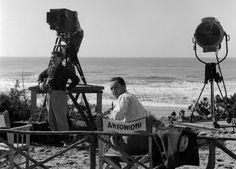 Michelangelo Antonioni: Film, Cinema   The Red List