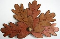 Leaf Fan Book - #30DaysOfThanks - Thanksgiving Weekend Links from www.HowToHomeschoolMyChild.com