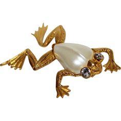 Vintage Trifari Faux Pearl Jelly Belly Frog Rhinestone Brooch