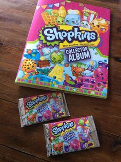 SHOPKINS Collector Album and 2 packets of cards Like New Girls Book Folder