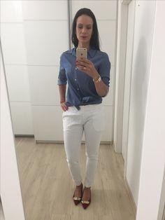 Look trabalho - Camisa Jeans + Calça alfaiataria Branca - Moda executiva