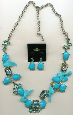 Vintage Necklace and Earrings Set  Silver by Angieswonderfulgems, $25.00