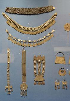 Mapuche Silver Jewelry by Teyacapan, via Flickr