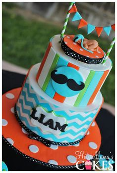 Little Man Baby Shower Cake Baby Shower Fun, Baby Shower Cakes, Baby Shower Parties, Cake Recipe For Decorating, Cake Decorating Frosting, Mustache Cake, Mustache Party, Little Man Cakes, Baby Mold
