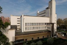 Collège néerlandais | Découvrez l'une des 40 maisons de la Cité internationale universitaire de Paris, un lieu unique au monde destiné à accueillir des étudiants du monde entier