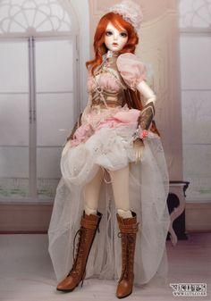 bjd steampunk doll in pink