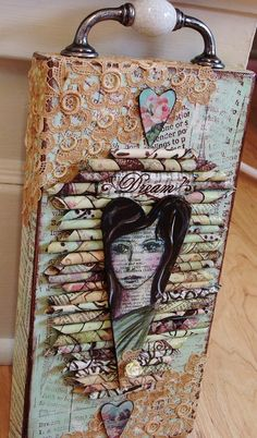 My Art Journal: Summer of Color-Week Chocolate Chip! My Art Journal: Summer of Color-Week Chocolate Chip! Mixed Media Collage, Mixed Media Canvas, Collage Art, Altered Canvas, Altered Art, Altered Books, Altered Tins, Pop Art Bilder, Art Altéré