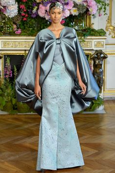Alexis Mabille F/W 2013/14 I wish it were a different color, but other than that, I love the design, the cut and everything about it! :D (maybe not the headpiece lol)