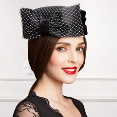 Elegance bow pillbox hat with veil for women felt hats with fascinators