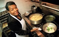 Recalling Maya Angelou's Love of Cooking - photo:  Maya Angelou in the kitchen of the Sugar Bar restaurant in New York in 1997 : NYTimes - 6/2/14