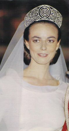 One of the last outings of art deco tiara formerly belonging to the Duchess of Alba. Worn by Mathilde de Solis-Beaumont when she married Carlos Fitz- James Stuart, 14th Duke of Huescar on 18t June 1988.