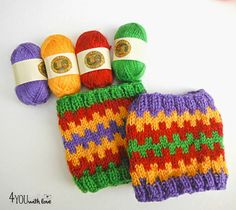 http://www.4you-withlove.com/2014/10/colorful-coffee-cozies-with-bonbons.html