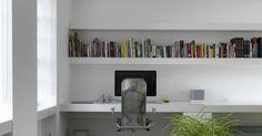 40 Beautifully Minimal Desk Set-Ups :http://airows.com/40-beautifully-minimal-desk-set-ups/