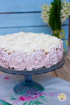 Tort truskawkowy - DusiowaKuchnia.pl Ombre Cake, Food And Drink, Desserts, Kitchen, Tailgate Desserts, Deserts, Cooking, Kitchens, Postres