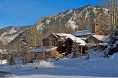 Try out the Luxury catered ski chalets, located at the embrace of Nature, for the complete enjoyment of luxury activities almost in the privacy of your home. The services the youthful and experienced staffs provide make your feel nostalgic when you return.