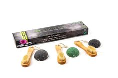 100% Natural Boar Bristle Face Brushes and Konjac Facial Sponges Set - 3 Of Each (Charcoal Black, Silky White and Eco Green) - Best Kit For Pore Cleansing, Scrubbing and Exfolation - Perfect As A Gift * Check out this great product.