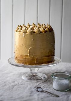 Caramel Coma Cake {Similar to the Salted Caramel Cake I make, but with a malted milk cake instead of a brown sugar buttermilk cake. seriously, the best cake I've every made! Just hope I wrote it all out right! Just Desserts, Delicious Desserts, Dessert Recipes, Salted Caramel Cake, Caramel Cakes, Chocolate Caramel Cake, Chocolate Tarts, Salted Caramels, Pecan Cake