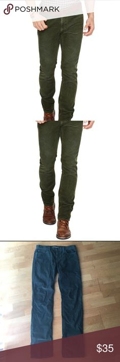 Men's Vince Green Corduroys Awesome cords by Vince. The green color is very unique. True to size, 32x32. Gently worn. Vince Pants Corduroy
