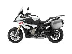 The 2015 BMW S 1000 XR is available with optional cornering ABS and a full line of touring accessories. Bmw Touring, Nova Bmw, S1000r, Motorbike Design, Bmw S, Hot Bikes, Road Runner, Ducati, Sports