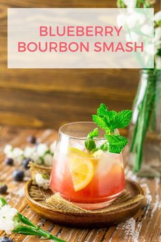 This blueberry bourbon smash is perfect if you're in the mood for some summer bourbon cocktails! Not only is this blueberry bourbon cocktail super simple to make, but it's also as quick as can be. #blueberrybourbonsmash #blueberrybourboncocktail #summerbourboncocktails #blueberrycocktails Refreshing Cocktails, Summer Cocktails, Summer Drink Recipes, Easy Drink Recipes, Coffee Recipes, Smoothie Recipes, Bourbon Cocktails, Cocktail Drinks, Cocktail Recipes
