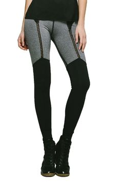 Michi is known for the creative thoughts they put into designing their activewear clothing. The Dusk Leggings are a prime example of their creativity. #leggings
