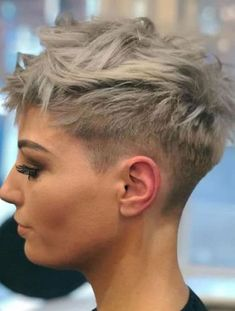 Pixie Haircut For Thick Hair, Thin Hair Cuts, Short Red Hair, Blonde Pixie Cuts, Super Short Hair, Short Pixie Haircuts, Fade Haircut, Pixie Hairstyles, Short Hairstyles For Women