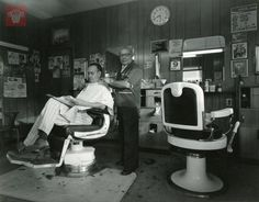 Vincent Mazzillin getting a hair cut at Manuali Barber Shop, 259 Shrewsbury Street, Worcester Massachusetts. Photograph by Chip Simone. Worcester Massachusetts, Old Images, Best Memories, Barber Shop, Exhibit, American History, Theater, Period, Photographs