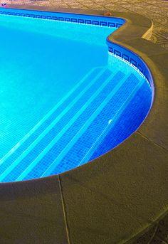 Swimming pool lighting design Lap Pool Decking Area Swimming Pool Designs Swimming Pools Pool Remodel Pool Steps Dream Pools Garden Pool 304 Backyard Pinterest 215 Best Pool Lighting Ideas Images In 2019 Pools Small Pools