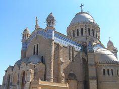 Algeria Photos - La basilique Notre-Dame-d'Afrique, sur les hauteurs d'Alger. | iExplore
