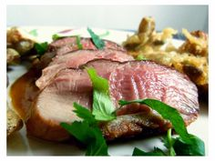 It's duck season in the Youvegotmeal! kitchen, so it's only natural that we had to cook a duck breast recipe. We had a whole duck that . Duck Breast Recipe, Cooking Pork Chops, Duck Season, Meat Lovers, Fennel, Oysters, Cooker, Steak, Stuffed Mushrooms