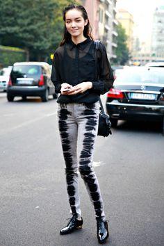 cool jeans #FeiFeiSun. #offduty