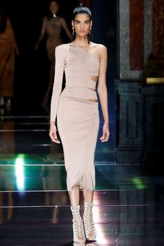 Balmain Parigi - Spring Summer 2016 Ready-To-Wear - Shows - Vogue.it